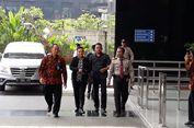 Bupati Bengkulu Selatan dan Istri Tiba di Gedung KPK