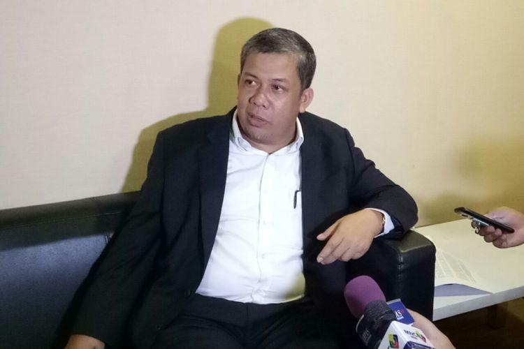 Wakil Ketua DPR Fahri Hamzah di Kompleks Parlemen, Senayan, Jakarta, Senin (30/10/2017)