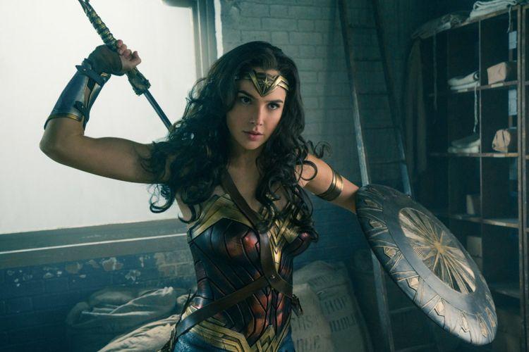 Artis peran dari Israel Gal Gadot dalam film Wonder Woman