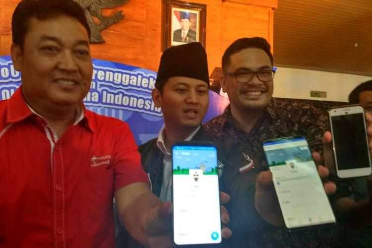Plt. Bupati Trenggalek, Mochammad Nur Arifin, meresmikan aplikasi Qlue di pendopo kabupaten, Kamis (12/04/2018).