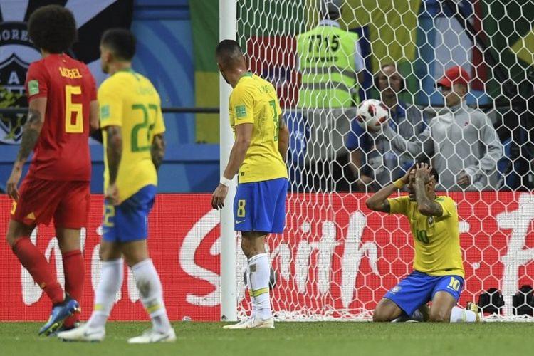 Neymar tampak kecewa seusai gagal memanfaatkan peluang dalam laga Brasil vs Belgia pada babak 8 besar atau perempat final Piala Dunia 2018 di Kazan Arena, 6 Juli 2018.