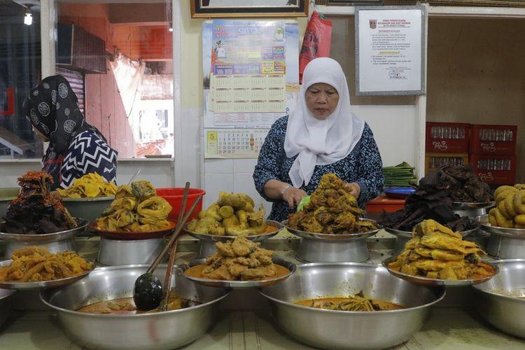 Harus Tahu Tiga Jenis Rumah Makan Masakan Minang Kompas Com