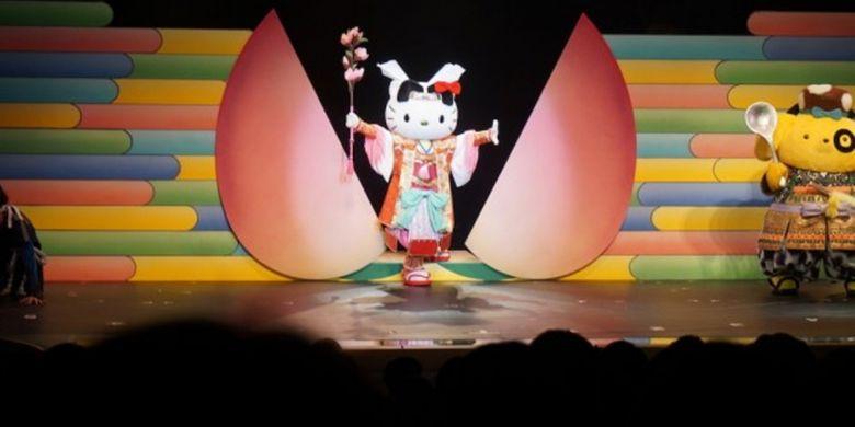 Hello Kitty sebagai Momotaro