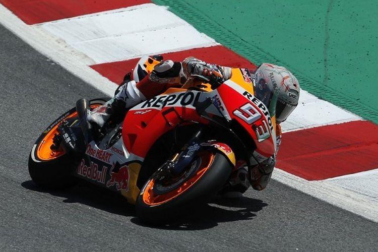 Marc Marquez membesut motor Repsol Honda miliknya pada GP Catalunya 2019, 16 Juni 2019.