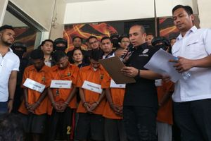 Kronologi Lengkap Pengeroyokan Anggota TNI di Ciracas dari Reka Adegan