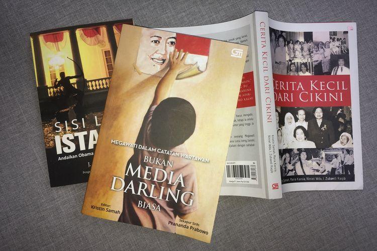 Sejumlah buku tentang dan atau memuat cerita Megawati Soekarnoputri. Gambar diambil Kamis (8/8/2019)