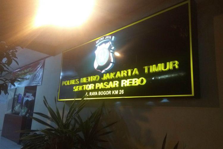 Tersangaka pencabulan tiga siswa SMPN 184 sudah ditahan di Polres Pasar Rebo, Jakarta Timur, Jumat (12/1/2018)