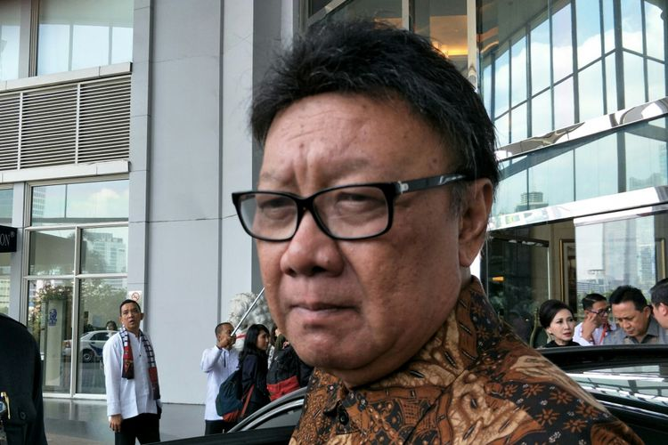 Menteri Dalam Negeri RI, Tjahjo Kumolo ketika ditemui di Hotel Ritz Carlton, Jakarta, Senin (7/5/2018).
