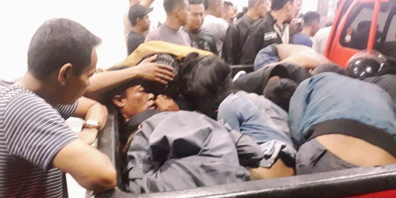 Sejumlah terduga pelaku rusuh di Pontianak, Kalimantan Barat, ditangkap aparat gabungan TNI-Polri, Kamis (23/5/2019) dini hari.