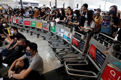 Imbas Unjuk Rasa, Pemesanan Tiket Pesawat ke Hong Kong Anjlok