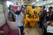 Imlek Meriah di Stasiun Bogor, dari Barongsai hingga Pembagian Angpao