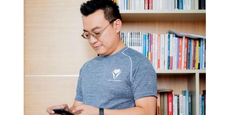 Victor Wirawan, anak muda yang berinisiatif mengembangkan teknologi di bidang energi terbarukan.