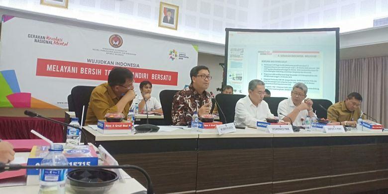 Pemprov Sulut dan Wagub Sulut  Steven Kandouw (dua dari kiri) memaparkan kesiapan Provinsi Sulut untuk melaksanakan kegiatan Pekan Kerja Nyata Revolusi Mental Ke-2 di Sulawesi Utara, di Kantor Kemenko PMK dan Kemendagri, Selasa (9/10/2018).