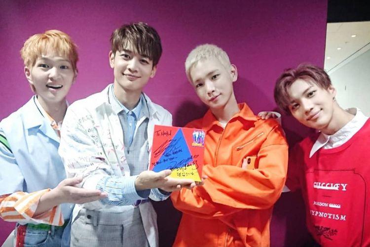 Boygroup K-pop SHINee