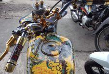 Bikin Motor Bercorak Batik Murah tapi Susah