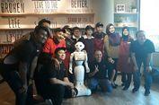 Robot Pencatat Pesanan Hadir di Restoran di Singapura