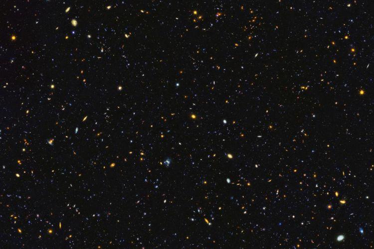 Teleskop hubble abadikan rupa alam semesta miliaran tahun lalu