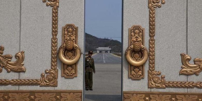 Istana Kumsusan atau Mausoleum Kim II Sung di Pyongyang timur, Korea Utara.