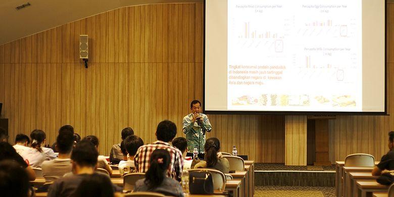 CEO Cisarua Mountain Dairy (Cimory) menjadi dosen tamu di Universitas Prasetiya Mulya