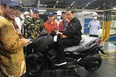 Jokowi Jajal Xmax dan Terkenang Aksi Kebut-kebutan di Asian Games 2018