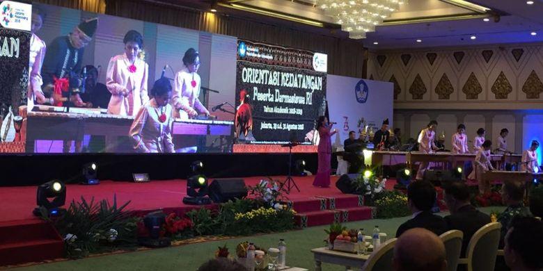 Kemendikbud memberikan pembekalan kepada 679 peserta program Darmasiswa 2018/2019 yang berasal dari 94 negara sahabat (30/8/2018) di Jakarta.