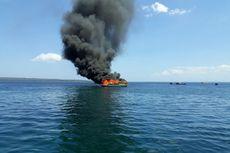 Kapal Bermuatan 10 Ton BBM Meledak dan Terbakar di Perairan Baubau