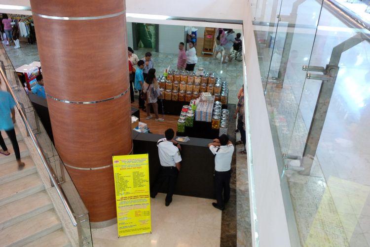 Suasana Mal Metro Pasar Baru, Jakarta Pusat, Sabtu (16/9/2017)