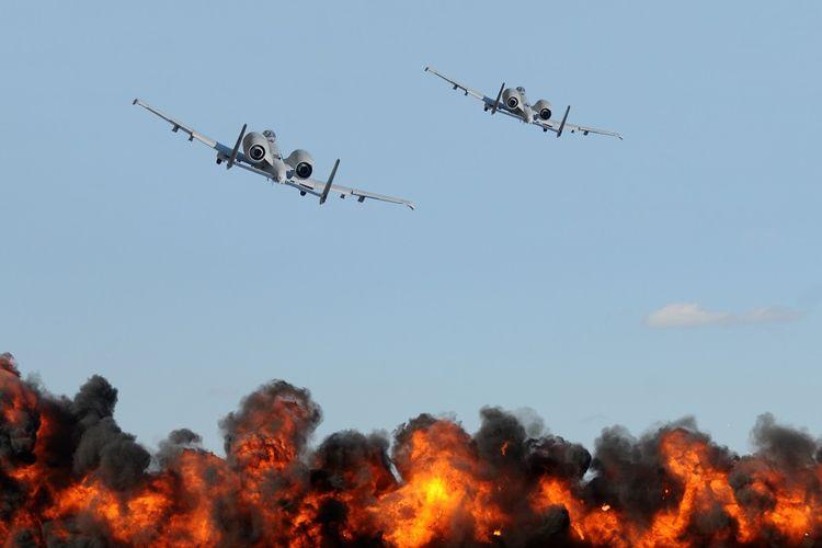 Ilustrasi Serangan Udara oleh Jet Tempur.