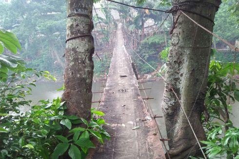 Sandi Sebut Jembatan Gantung yang Memprihatinkan di Jagakarsa akan Direvitalisasi