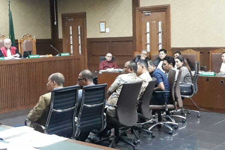 Jaksa Komisi Pemberantasan Korupsi (KPK) menghadirkan 7 saksi dalam persidangan terhadap terdakwa Irwandi Yusuf di Pengadilan Tindak Pidana Korupsi Jakarta, Senin (11/2/2019).