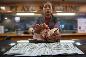 Rupiah Kembali Melemah ke Posisi Rp 15.250 Per Dollar AS