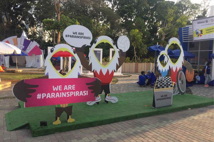 Panitia penyelenggara  Asian Para Games 2018, Inapgoc, menyiapkan tiga zona di kawasan Gelora Bung Karno, Senayan untuk memanjakan para pengunjung  even olahraga terbesar se-Asia bagi para penyang disabilitas. Zona tersebut yaitu Zona Insipirasi, Zona  Semangat, dan Zona Energi.
