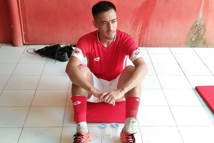Pulatov seusai mengikuti latihan bersama Semen Padang di Stadion H.  Agus Salim Padang,  Senin (14/1/2019).