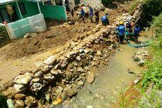 Tanggul Jebol di Bandung, Pemkab Tambal Sementara dengan Bronjong