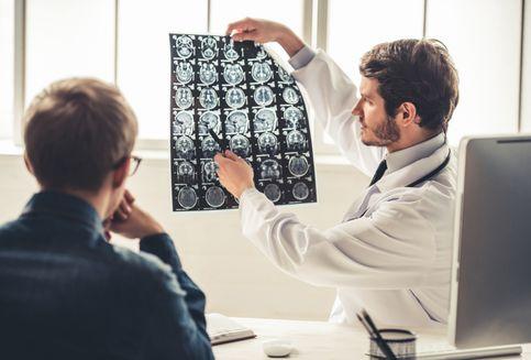 Bagaimana Stres Bisa Menyebabkan Stroke? Dokter Jelaskan