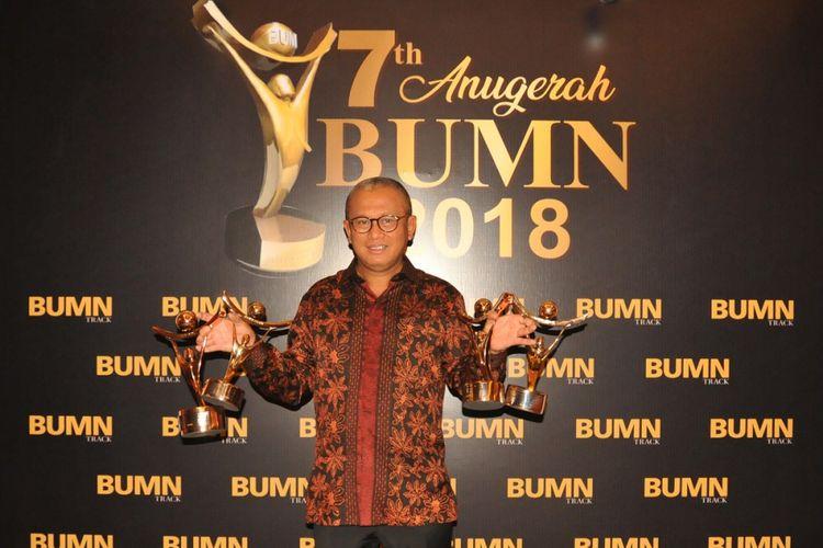 PT Bukit Asam Tbk Raih Penghargaan BUMN Terbaik 2018