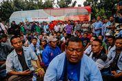 Puncak Kekecewaan Sopir Angkot atas Penutupan Jalan di Tanah Abang...