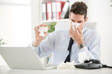 Bagaimana Bisa Pria 21 Tahun Gagal Organ dan Meninggal karena Flu?