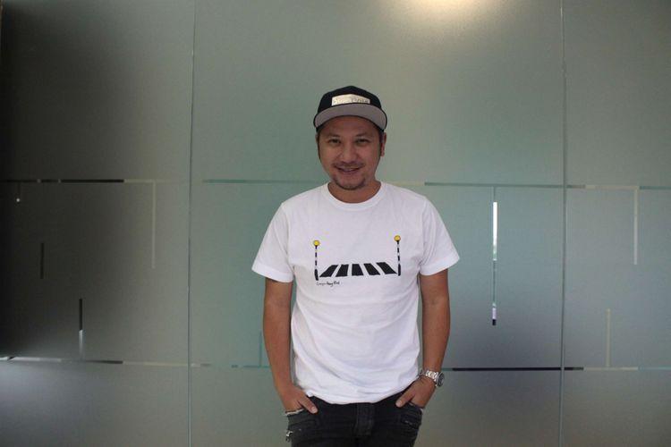 Gading Marten saat berkunjung untuk promo film Love For Sale di Gedung Kompas Gramedia, Palmerah Barat, Jakarta, Selasa (13/02/2018). Film yang bergenre drama komedi romantis tersebut merupakan garapan rumah produksi Visinema Pictures.