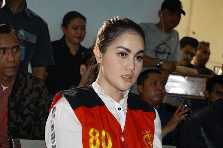 Artis Jennifer Dunn menjalani sidang perkara penyalahgunaan narkoba di Pengadilan Negeri Jakarta Selatan, Senin (14/5/2018).