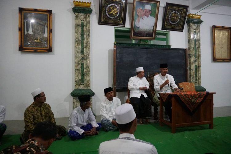 Calon gubernur Jawa Tengah, Ganjar Pranowo, saat di Weleri Kendal.