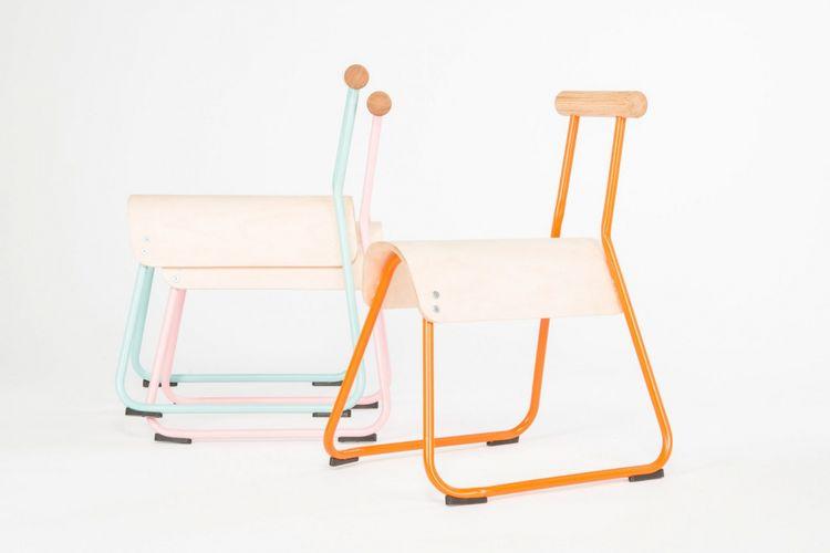 Kursi ini juga dirancang untuk memaksimalkan konsentrasi siswa sekolah. Kursi yang disebut Saddled Seat ini memiliki dudukan yang sempit dan menyerupai pelana kuda.