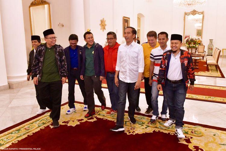 Presiden Joko Widodo bersama sembilan orang sekjen parpol pendukungnya saat bertemu di Istana Presiden Bogor, Selasa (31/7/2018).