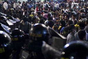 Fadli Zon dan Neno Warisman Bergabung dengan Massa Aksi 22 Mei di Depan Bawaslu
