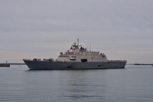 Laut Membeku, Kapal Perang AS Terjebak di Perairan Kanada