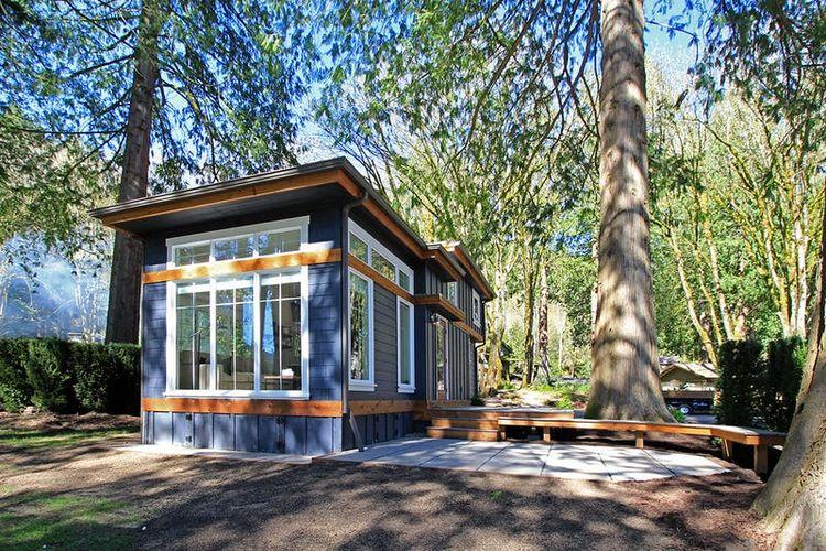 Desain rumah kecil berukuran 37 meter persegi namun tetap luas.