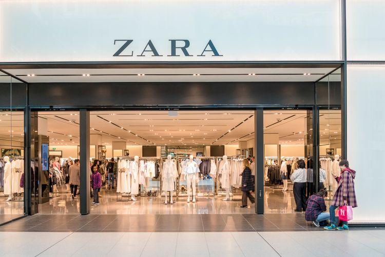 Salah satu toko Zara.