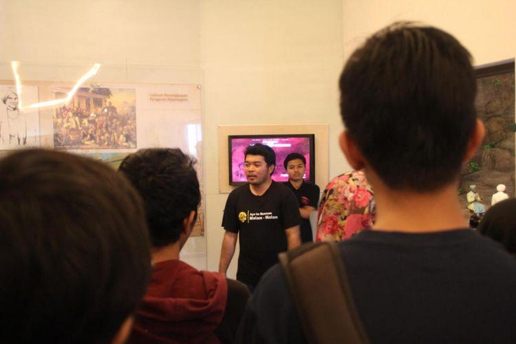Yogyakarta Night at the Museum yang menggerakkan anggotanya untuk mengenal museum dan ikut melestarikannya. Uniknya, waktu yang dipilih adalah malam hari.