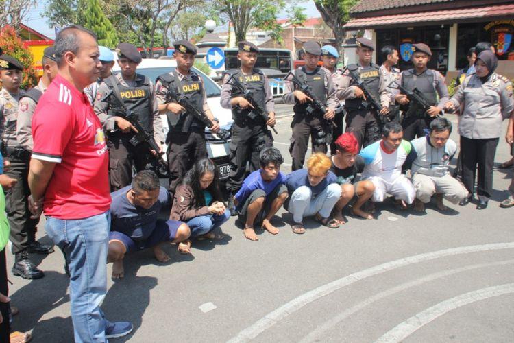 Tujuh tersangka pembunuh Sugeng Raharjo (35), diamankan aparat Polres Temanggung, Rabu (13/9/2017).