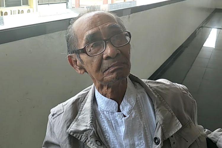 Syamsul Fuad, penulis cerita asli film Benyamin Biang Kerok, setelah menghadiri sidang mediasi kedua kasus dugaan pelanggaran hak cipta film tersebut di Pengadilan Negeri Jakarta Pusat, Kamis (5/4/2018).